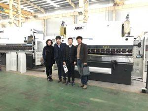 مشتریان کره ای از کارخانه ما بازدید می کنند