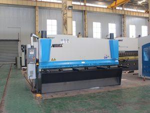 ماشین تراش CNC برای فروش